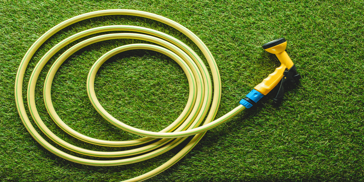 How to Keep My Garden Hose Kink and Tangle Free